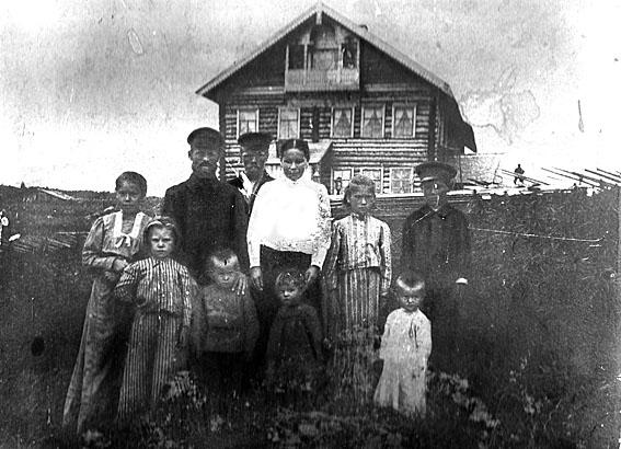 Старый карельский дом