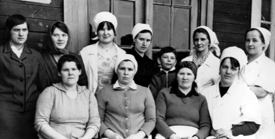 Работники Ведлозерской столовой . 70-е годы