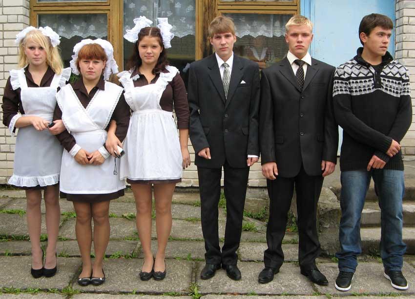 Выпускники 2012 года Ведлозерской школы